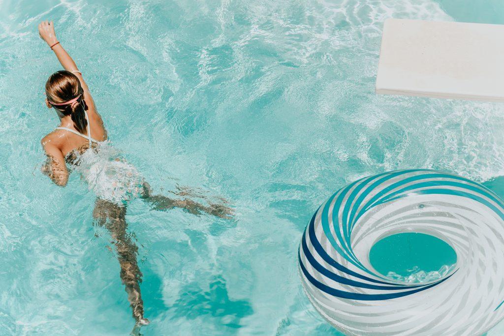 Remplacer filtre piscine